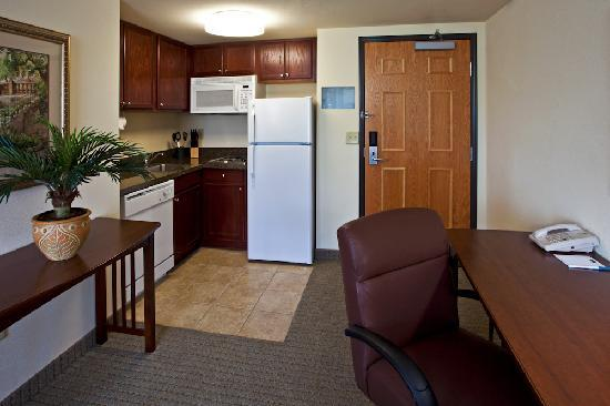 Staybridge Suites Tampa East - Brandon: Home away from home