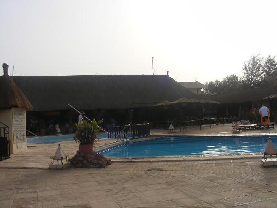 Kombo Beach Hotel: 8.30 am around the pool