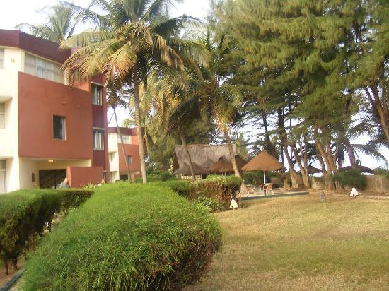 Kombo Beach Hotel: Konbo Beach view of Side Gardens with the beach to the right
