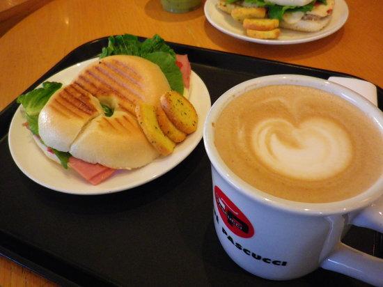 Caffe Pascucci Seoul Station : モーニングセットもありました★
