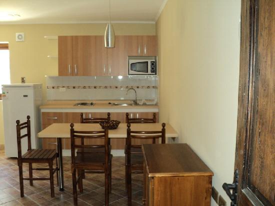 Apart Hotel Brisas de Cantabria: Cocina