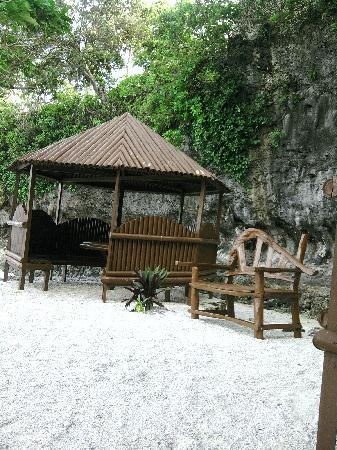 Padre Burgos Castle Resort: Beach hut heaven