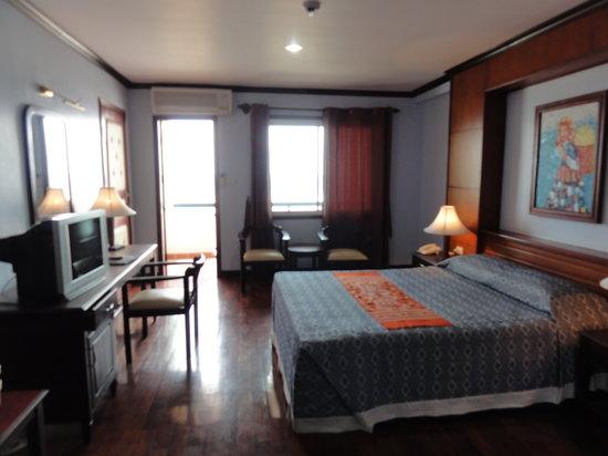 Vansana Riverside Hotel: リバーフロントの部屋