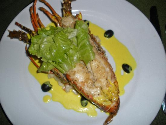 Bagan Thiripyitsaya Sanctuary Resort : delicious lobster at the restaurant