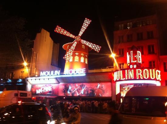 moulin rouge picture of moulin rouge paris tripadvisor. Black Bedroom Furniture Sets. Home Design Ideas