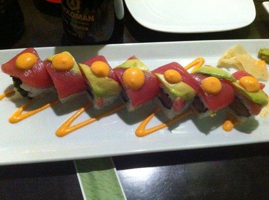 Wasabi: Spicy tuna roll