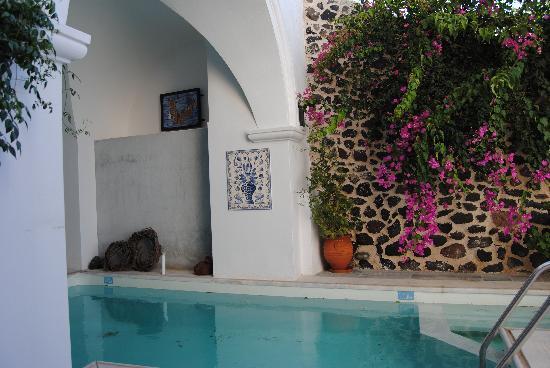 Aigialos Hotel: Hotel pool