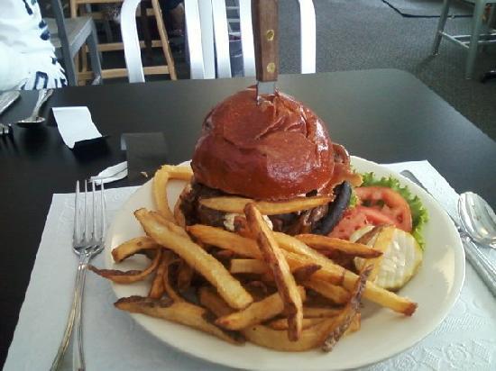 Top That!: Big Bleu Burger