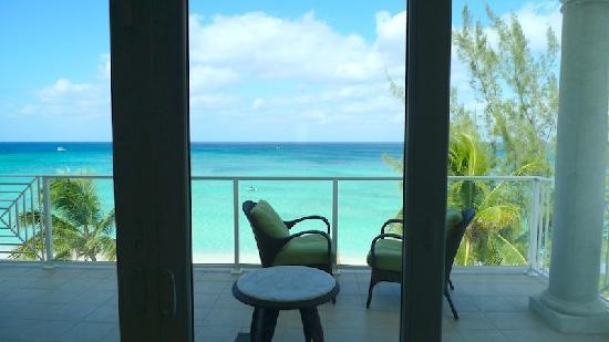 Caribbean Club : The amazing view from our waterfront condo!