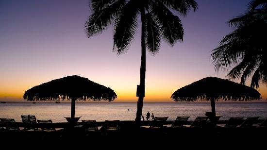Caribbean Club Luxury Boutique Hotel : The sunsets are incredible!