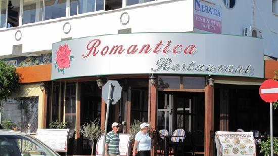 Romantica Restaurant: over view of the restaurant