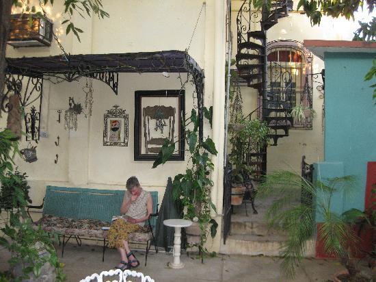 Casa Mayor: Garden