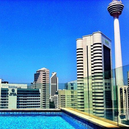 Fraser Place Kuala Lumpur: pool view