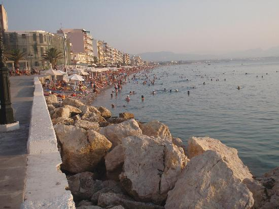 Loutraki, اليونان: beach