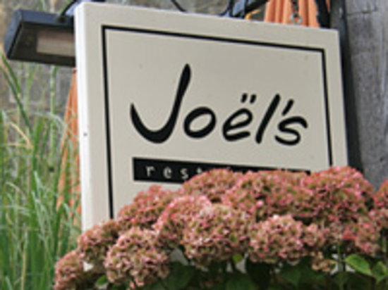 Joel's Restaurant: The sign from the high street