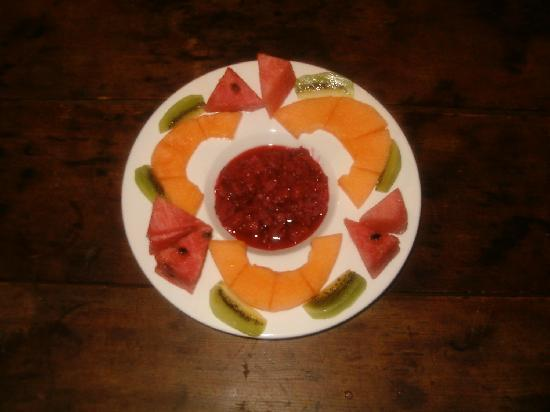 Casa Pacifica Bed and Breakfast: Every Breakfast Includes a Fresh Fruit Plate