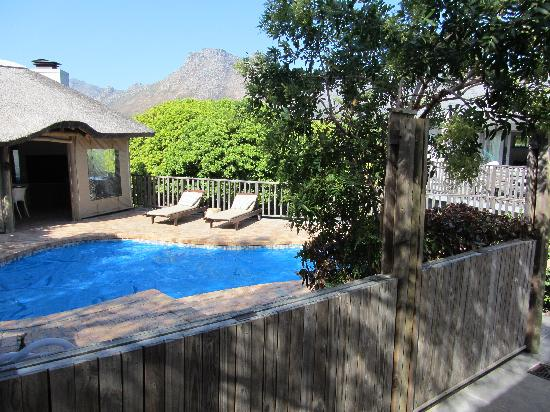 Chapman's Peak Bed and Breakfast : View at the pool and lapa (taken from room)
