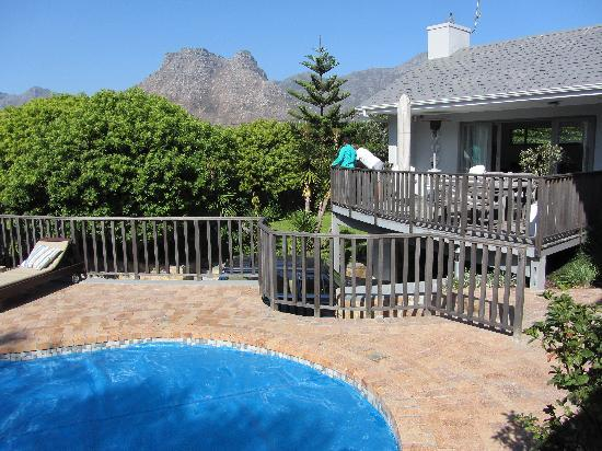 Chapman's Peak Bed and Breakfast : View at the ppol