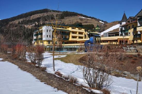 Dolomiten Residenz Sporthotel Sillian: L'albergo