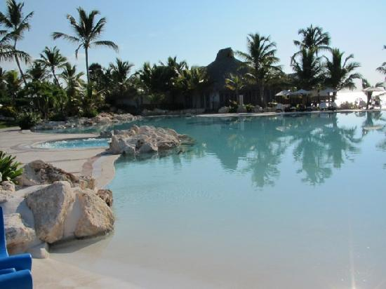 Sanctuary Cap Cana by AlSol: Main Pool