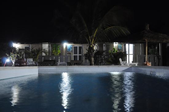 Hotel Dior: piscine et chambre