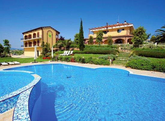Montenero di Bisaccia, Italien: piscina