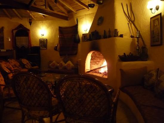 Yakamoz Hotel: Cozy restaurant