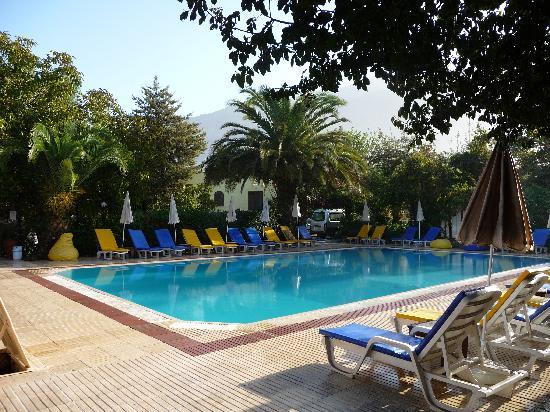 Yakamoz Hotel: Pool