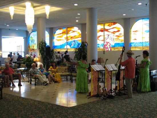ويكيكي ريزورت هوتل: Friday Concert at Waikiki Resort Hotel