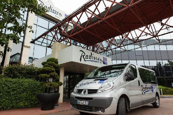 Radisson Blu Hotel Paris Charles De Gaulle Airport Le
