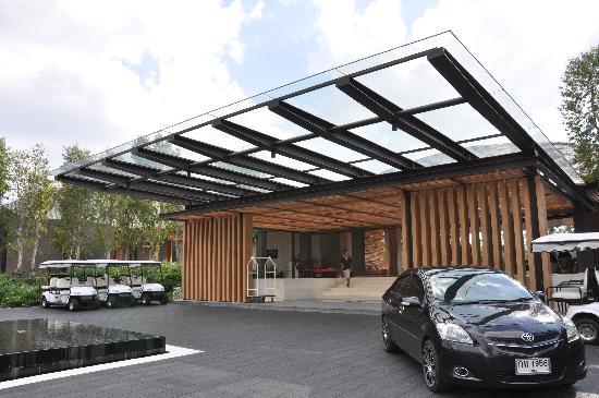 Renaissance Phuket Resort & Spa: Entrance