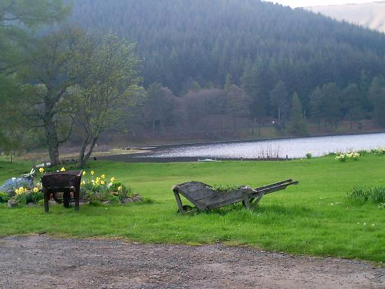 Tibbie Shiels Camping: another view from outside hotel