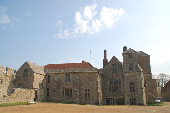 Newport, UK: Manor House