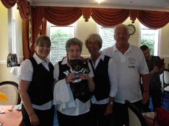 Durley Grange Hotel: Friendly, Dining Room staff at the Durley Grange.