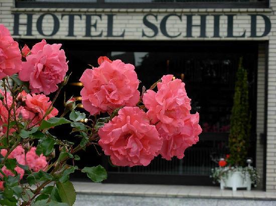Hotel Schild: unser Eingang