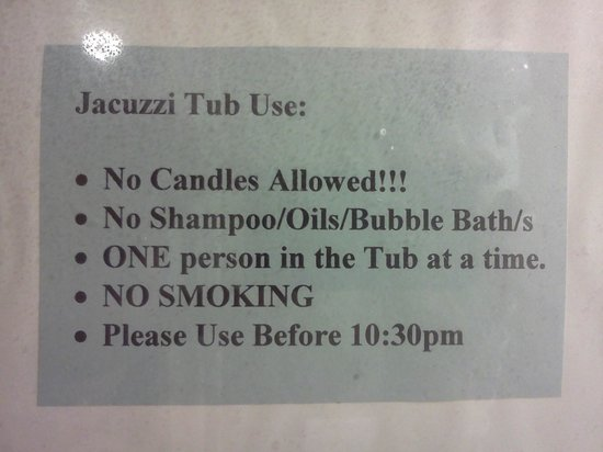 "Ellis House Bed and Breakfast: ""Jaccuzi Rules!"""