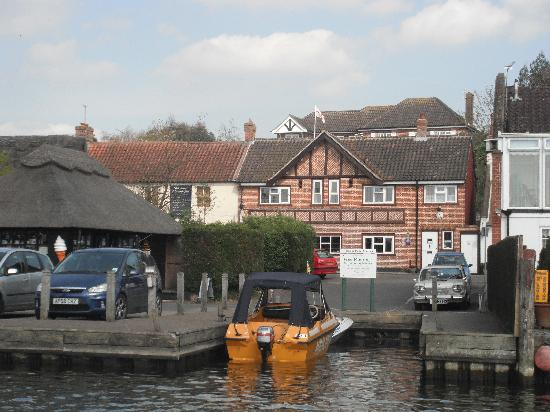 The Moorhen Bed & Breakfast: View from the river