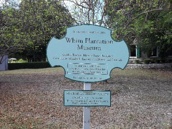 Estate Whim Museum: Entry sign