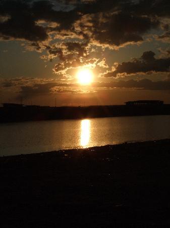 ปาร์คอินน์ พรีบัลติย์สกายา เซนต์ปีเตอร์สเบิร์ก: Romantic! Sunset outside the Park Inn