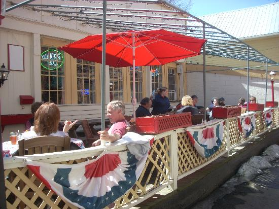 The Pioneer Patio Restaurant : You can dine outside on a nice day.