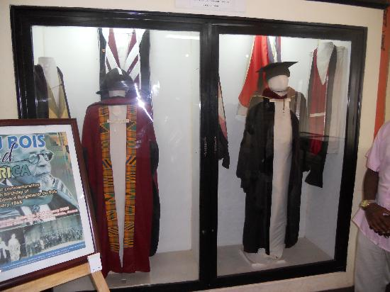 Accra, Ghana : DuBois Center: academic robes
