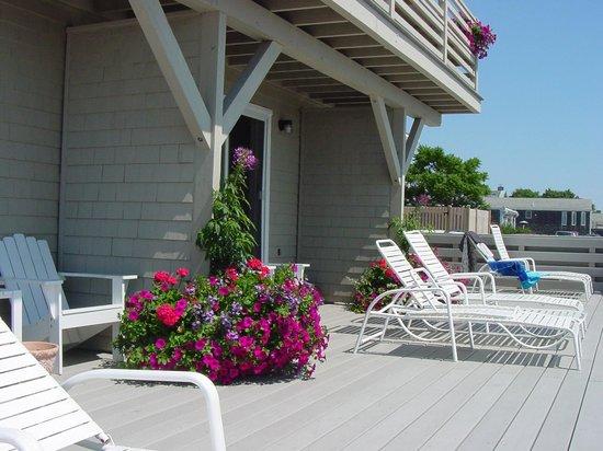 Dyer's Beach House : 1st Floor Guest Room Deck