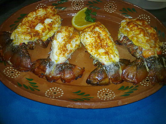 Las Mariscadas: Baja Lobster Tails