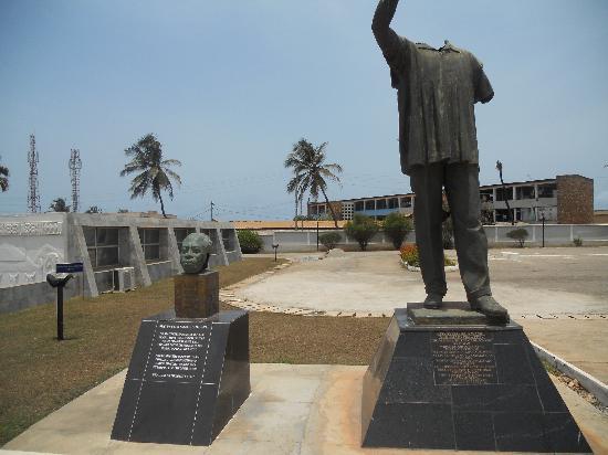 Kwame Nkrumah Memorial Park : Kwame Nkrumah Statue from coup d'etat