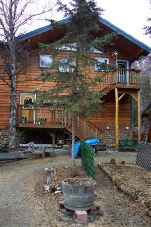 Upper Kenai River Inn: Our Home in the Early Spring