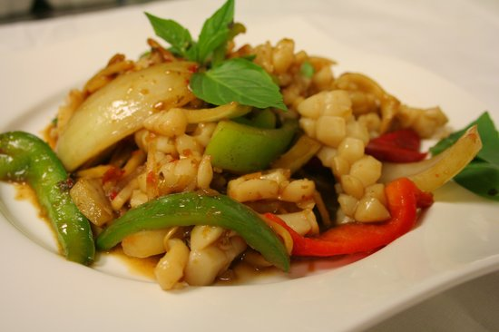 Thai Cuisine : Basil Squid