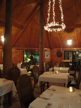 Wind Jammer Restaurant : The restaurant at the end of a lovely evening
