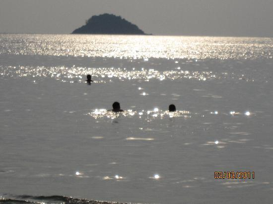 K.B. Resort: sunset