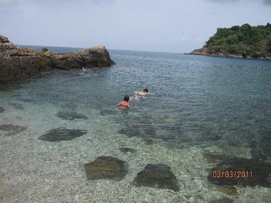 K.B. Resort: the island outside the beach