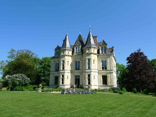 Chateau De La Verrerie 2017 Prices Reviews Amp Photos